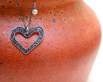 Etched open heart and pearl silver necklace
