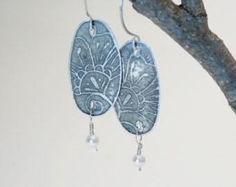 Etched flower and pearl sterling silver earrings
