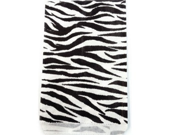 100pcs - 6x9 Zebra Animal Print Paper Merchandise Bags