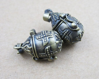 wholesale 5pcs vintage brass bronze locket pendant,vintage vprayer box 1161007