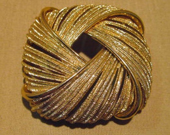 C. 1960's Goldtone Monet Square Rope Brooch
