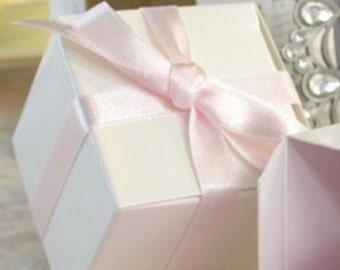 Mini White Candy Boxes 40  party favors boxes for  candy and holiday treats