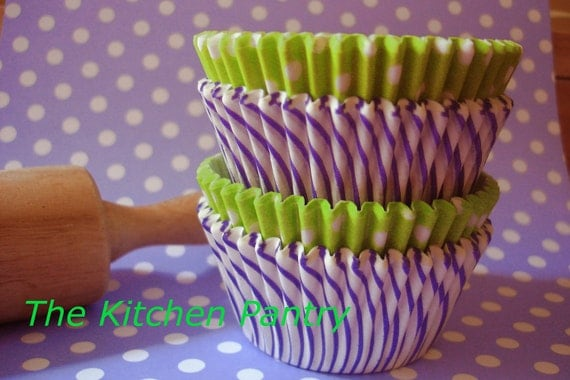 "Cupcake Liners - Baking Cups "" LAVENDER LIME "" (75)"