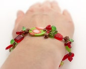 Red, grass green copper beaded bracelet.  Spring Summer trend. Colorful jewelry OOAK