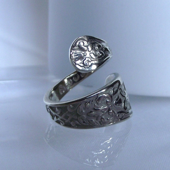 Beautiful Handmade Antique Damask Swirl Design Silver Spoon Ring