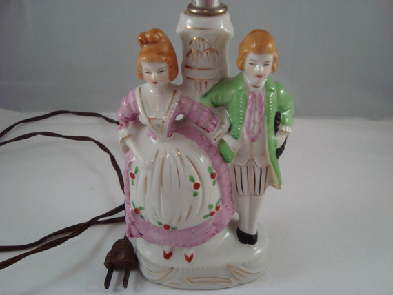 Colonial Couple 1950s Boudoir Lamp Shabby Chic