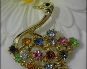 Adorable Vintage Swan Shaped Brooch With Colorful Rhinestones