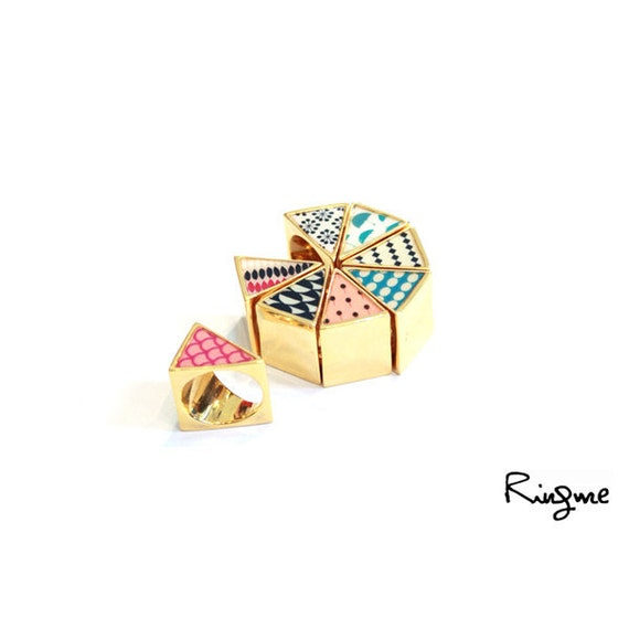 Ring Me // Contemporary Jewelry -- Triangle Gold Ring