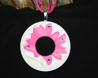 PINK FLOWER - large 2 inch washer necklace