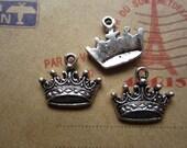20pcs 17x12mm antique silver crown charms pendant R17998
