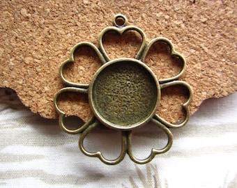 10pcs 14mm antique bronze cabochon pendant settings  R25096