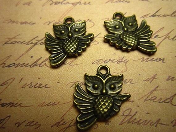 30pcs 20x17mm antique bronze owl charms pendant R23360