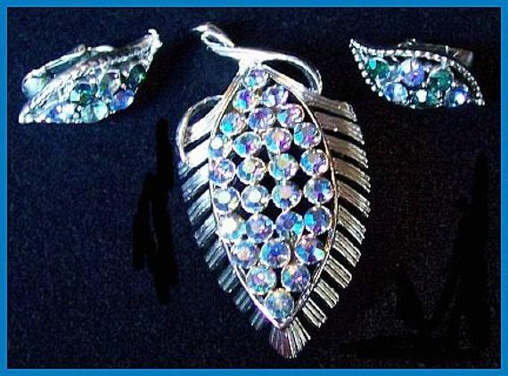 Vintage Coro Blue AB Rhinestone Silver Metal Leaf Motif Brooch Earring Demi Set EX