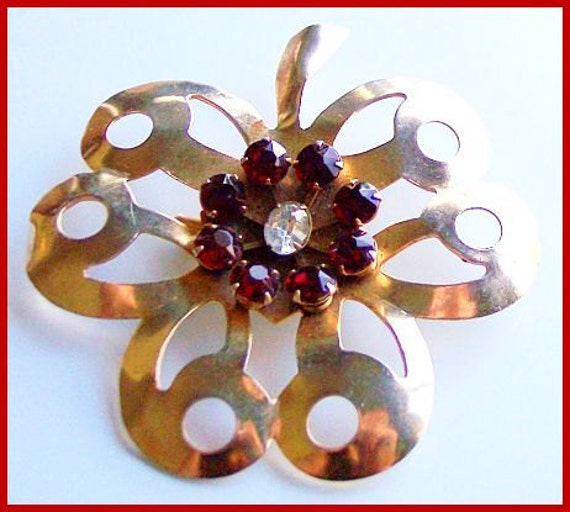 "Vintage Brooch or Pin w Gold Metal & Red Rhinestones Huge Flower Leaf  Motif Tiered 3"" VG"