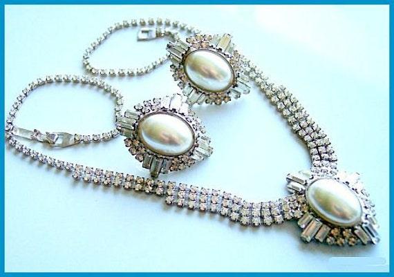 Vintage Rhinestone Necklace Earring Set Pearl Stones Silver Metal ROGERS & HOLLAND