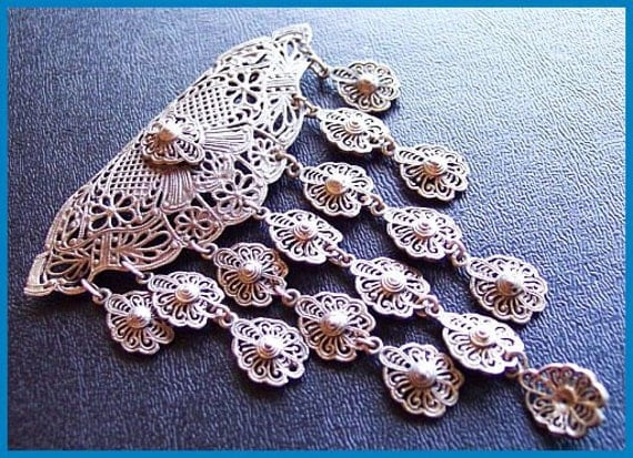 """Antique Dangling Brooch or Pin Florentine Style w Lacy Filigree Silver Metal Very OLD 4"""" EX"""