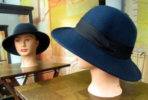 CASABLANCA )( Vintage Navy Wool Hat )( Black Trim )( Swingers Hat )( 60s