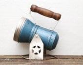 Blue Star Headlight & Lantern Co. Lamp