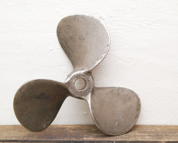 SALE 10 1/2 Inch Heavy Old Boat Propeller