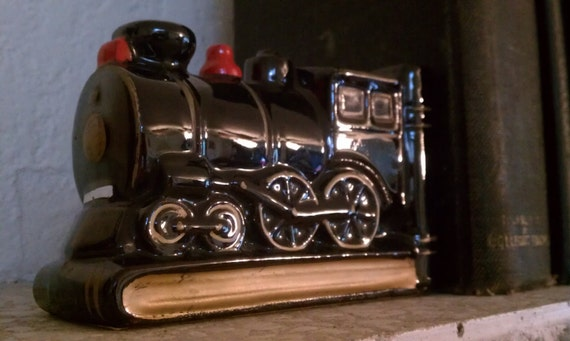 Pair of Old Choo Choo Black CeramicTrain Engine Bookends