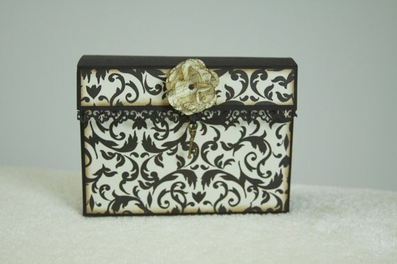 French Vintage Styled Card Keeper and Organizer
