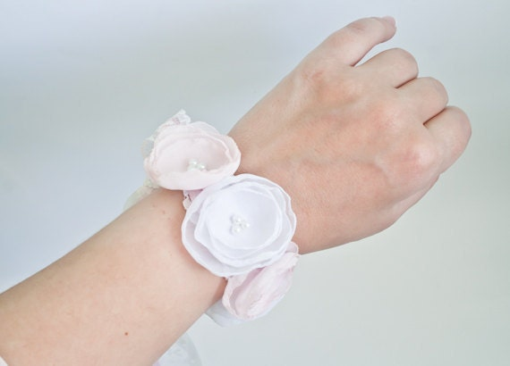 Pale Pink and White Chiffon Flowers Wrist Corsage - Wedding Flower Corsage - Prom Corsage Flower - Wedding - Bridal - Israel