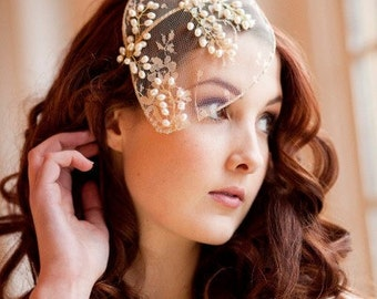 Vintage lace and pearl bridal cap