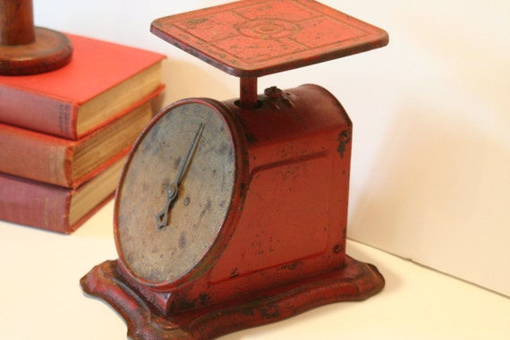 Vintage Red Kitchen Scale Farmhouse Cottage Rusty Crusty Item from Hardware General Store Measuring in Pound and Ounces