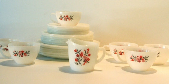 Vintage Fire King Primrose Dinnerware Service for 6 Place settings salad dinner cup saucer plus creamer 25 pieces total