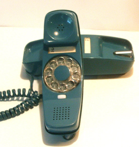 Vintage Trimline Cerulean Blue Green Dark Teal Rotary Telephone Made by At&T