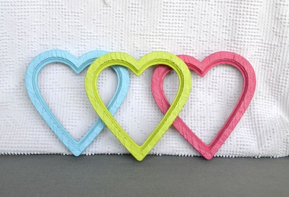 Custom Color 1 Heart Frame with GLASS- 6 available- Upcycled painted wall decor College Dorm Nursery Teen or Girl room
