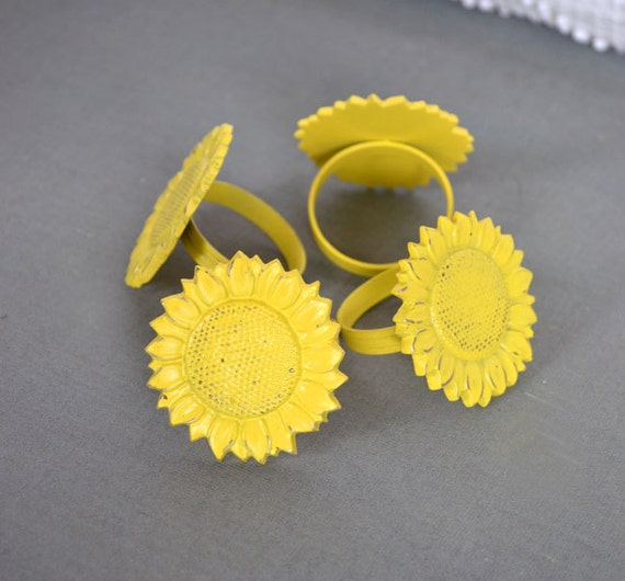 Sunny Yellow Sunflower Napkin Rings set of 4... Upcycled Metal Sunflower Napkin Rings Summer Party Tea Party Decor