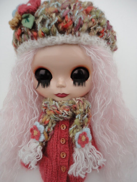 Hand Knitted hat and Scarf for Blythe
