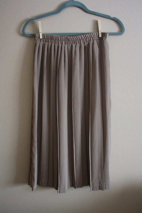 Vintage 1970s Brown Pleated Accordian High Waist Midi Skirt Sz. M/L