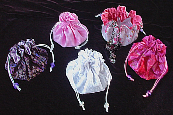 Sewing pattern pdf double drawstring jewelry pouch trinket for Drawstring jewelry bag pattern