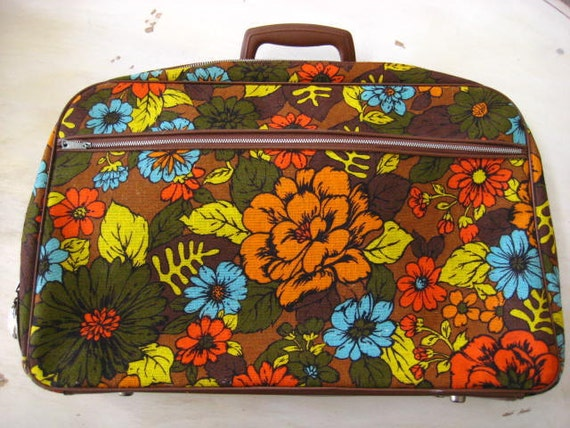 Vintage Flower Power Overnight Bag.