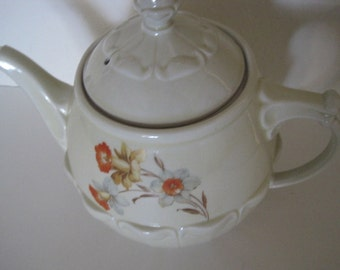 Vintage Hall Drip-o-lator Coffeepot with Daffodils