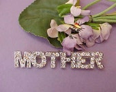 "Charming Rhinestone Brooch/ Pendant Spelling ""Mother"""