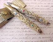Darling Vintage Jeweled Pen and Pencil Set in Little Faux Alligator Case
