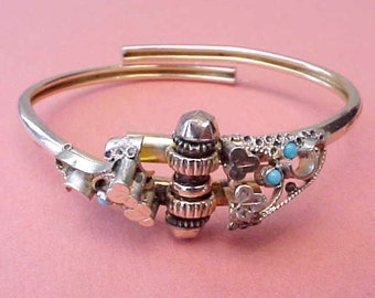 Beautiful Victorian Hinged Bangle Bracelet with Little Turquoise Stones-Super Condition