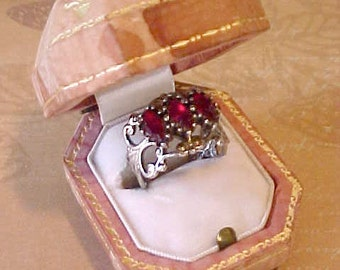 Super Pretty 1960's Old World Look Costume Jewelry Ring with Scarlet Stones