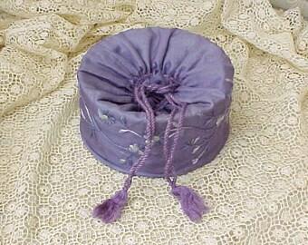 Beautiful Edwardian Era Embroidered Purple Silk Gentleman's Collar Box with Collars