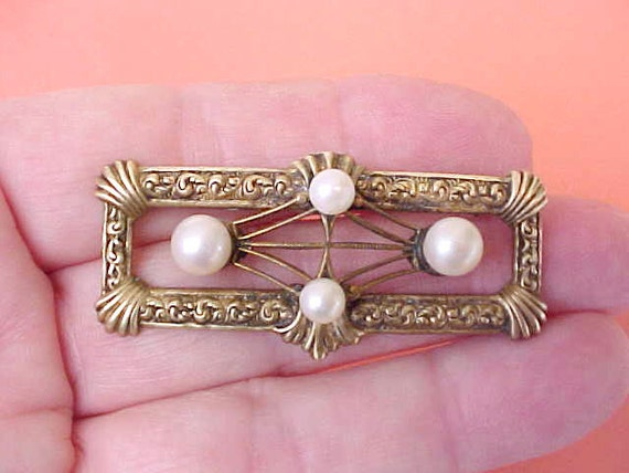 Reserved: Beautiful Art Deco Era Brooch with Faux Pearls