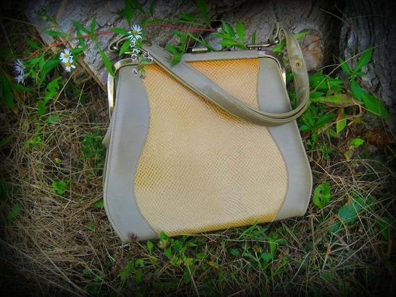 Vintage Purse handbag snake skin femine curved shape with adjustable snap strap