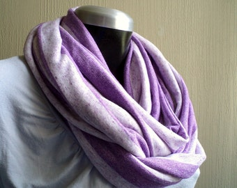 Circle scarf. Infinity scarf, cowl, scarf,  flecked lilac jersey knit, light and cozy, EXTRA WIDE.