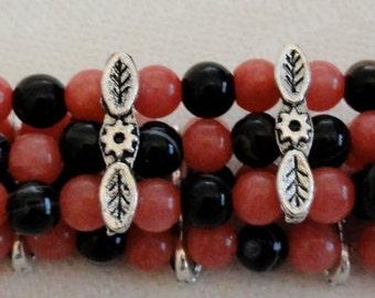 Pink Jade and Black Onyx Stretchy Floral Bracelet