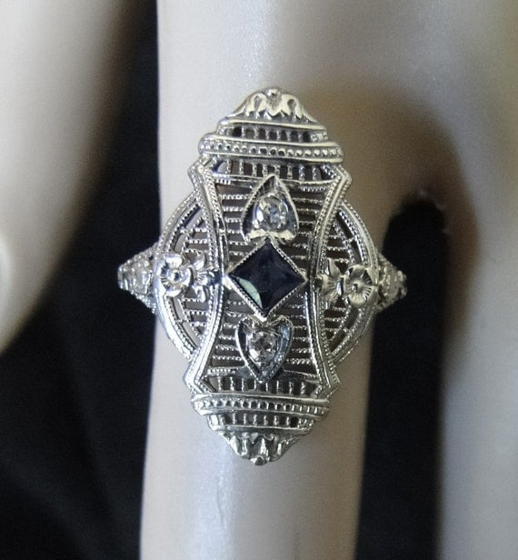 Antique Edwardian  - Art Deco Sapphire & Diamond Filigree Ring - Great Wedding, Anniversary or Mother's Day gift