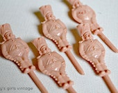 """Vintage Cake Decorations - 5 Peach Plastic Cake Soldiers // """"Birthday Salute"""" from Lesley's Girls Vintage"""
