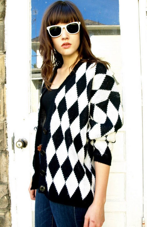 vintage 80s mod DIAMOND black & white button up CARDIGAN argyle SWEATER layering Jacket oversized slouchy