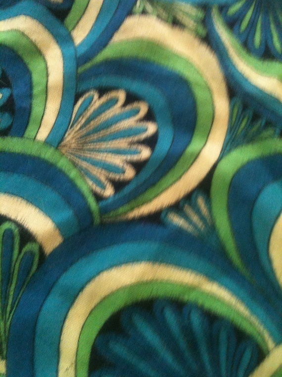 "Art Deco style scarf, thick fabric, 26"" square"